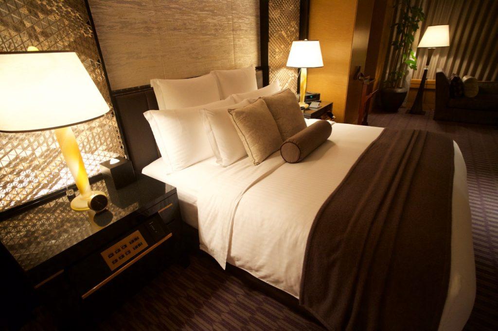 リッツカールトンスイートのベッド