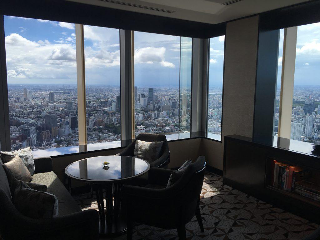 リッツカールトン東京のクラブラウンジ写真