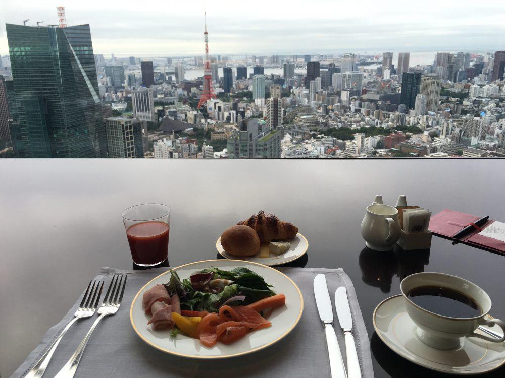 リッツカールトン東京で東京タワーを見ながらタワーズで朝食
